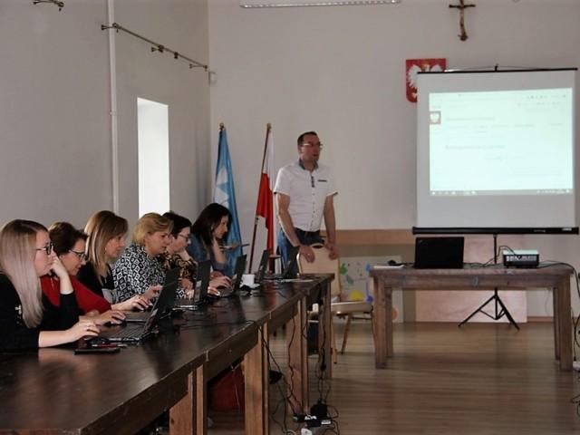 Brudzew - Gmina Brudzew w partnerstwie z Turecka Izba Gospodarcza z sukcesem realizuje projekt Ja w internecie 5