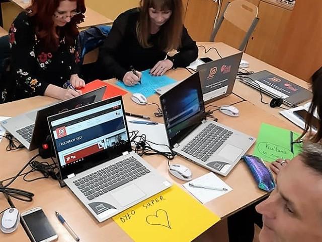 Skaryszew_w szkole w Makowcu zakończyło się kolejne szkolenie Kultura w sieci5