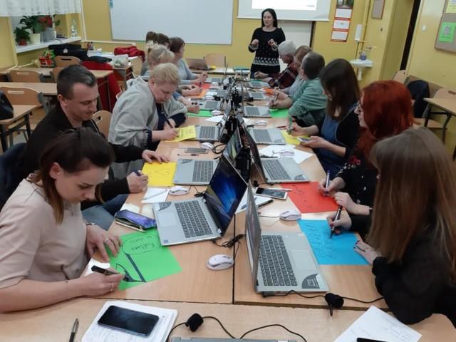 Skaryszew_w szkole w Makowcu zakończyło się kolejne szkolenie Kultura w sieci6