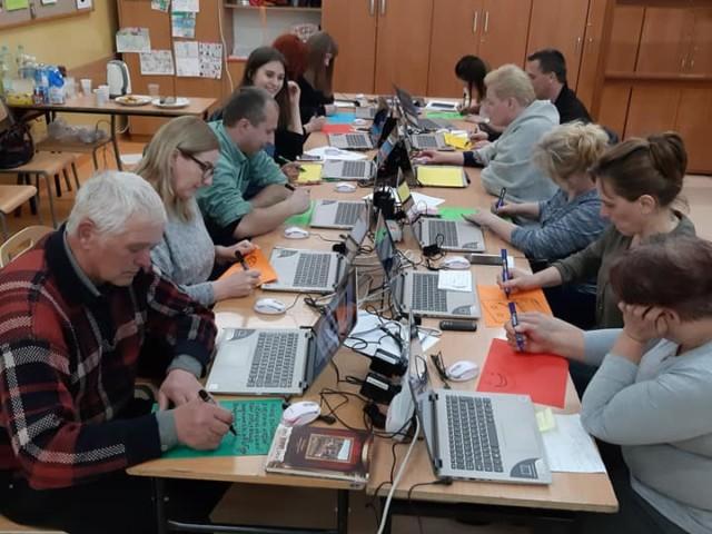 Skaryszew_w szkole w Makowcu zakończyło się kolejne szkolenie Kultura w sieci7